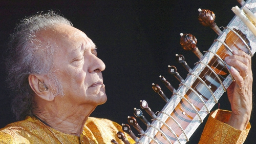 Ravi_Shankar_plays__365006a.jpg