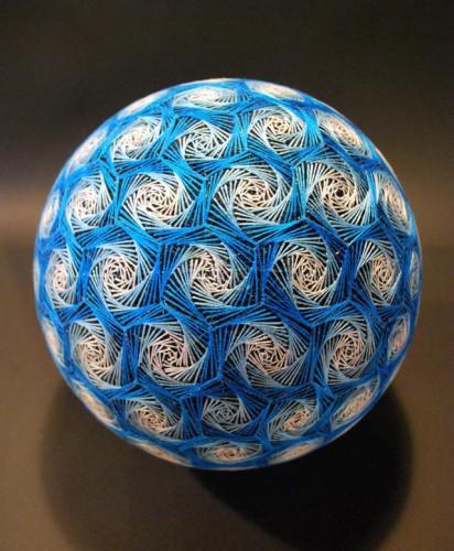 temari-balls-3.jpg
