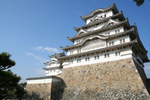 1280px-Himeji_Castle_No09_093.jpg